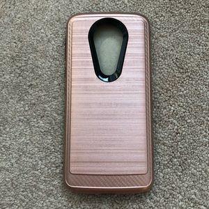 E5 plus rose gold case